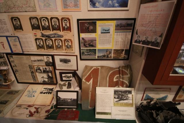 Repülőmúzeum a kápolnában#12