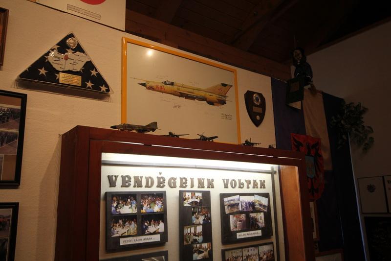 Repülőmúzeum a kápolnában#15