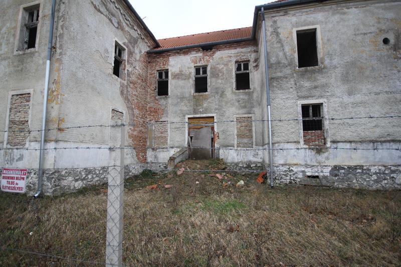 Hajmáskér, egykorvolt tüzériskola és szovjet laktanya#7