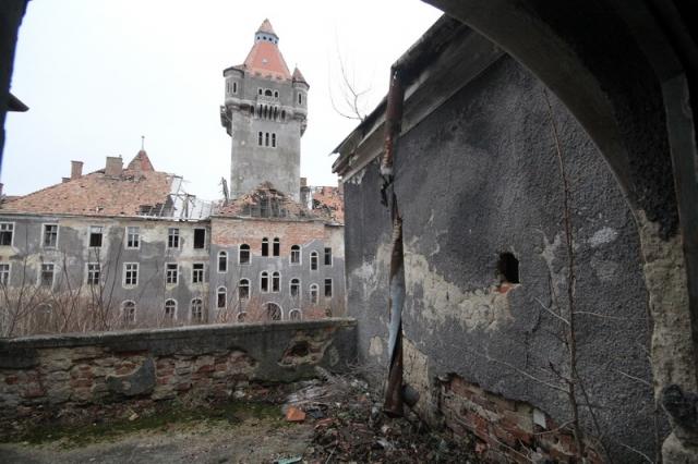 Hajmáskér, egykorvolt tüzériskola és szovjet laktanya#41