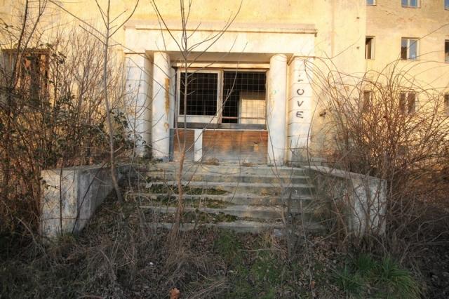 Baj, egykori szovjet laktanya #2