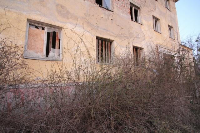 Baj, egykori szovjet laktanya #25