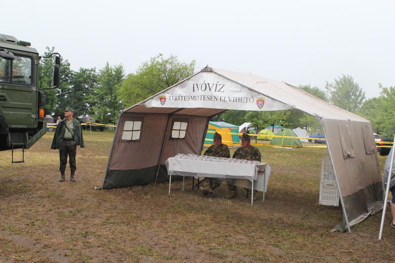Hagyományőrzők esőben, sárban: a kunszállási HM Fest egy napja#7