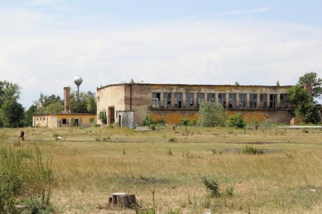 A kunmadarasi repülőtér kísértetházai#33