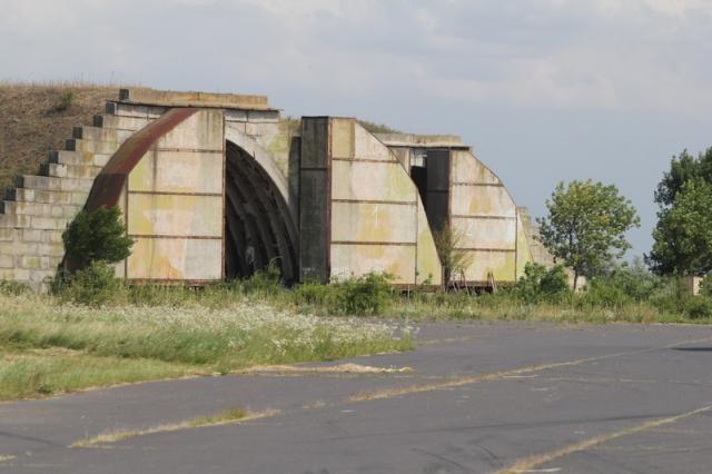 A kunmadarasi repülőtér kísértetházai#43