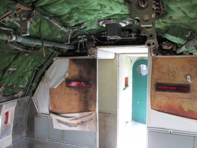 Jelenetek a keceli An-24V átváltozásából #5