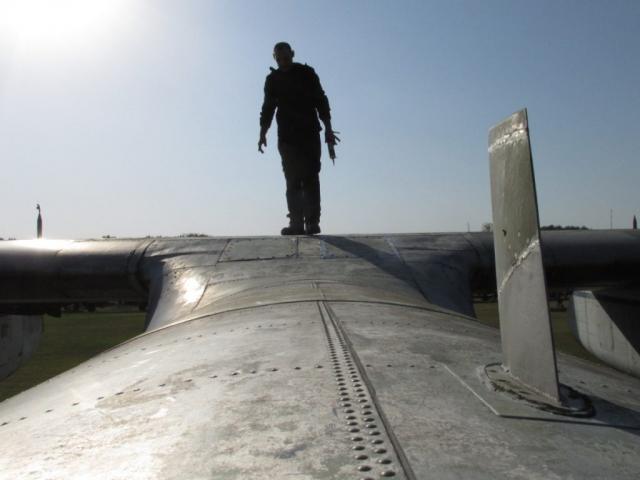 Jelenetek a keceli An-24V átváltozásából #1
