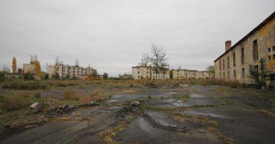 Nagyvizit a kunmadarasi szovjet repülőtéren