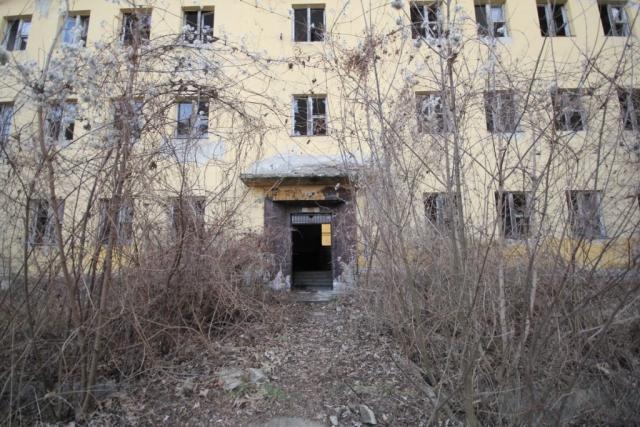 Helyőrség a város szélén - Rétság, Hunyadi János laktanya#40