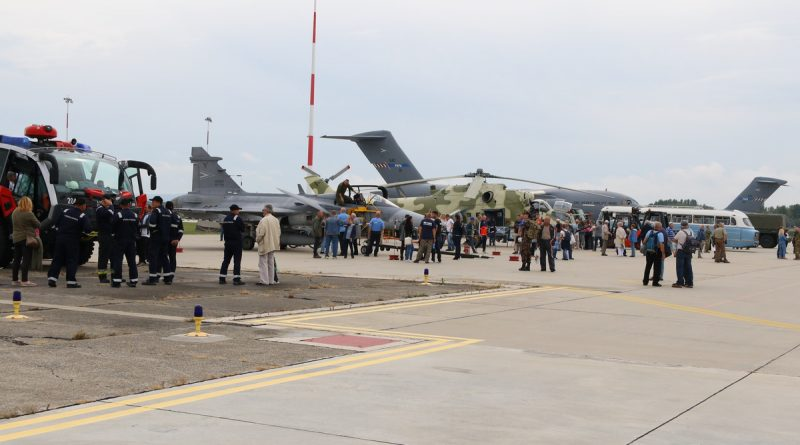 Családi nap az MH Pápa Bázisrepülőtéren